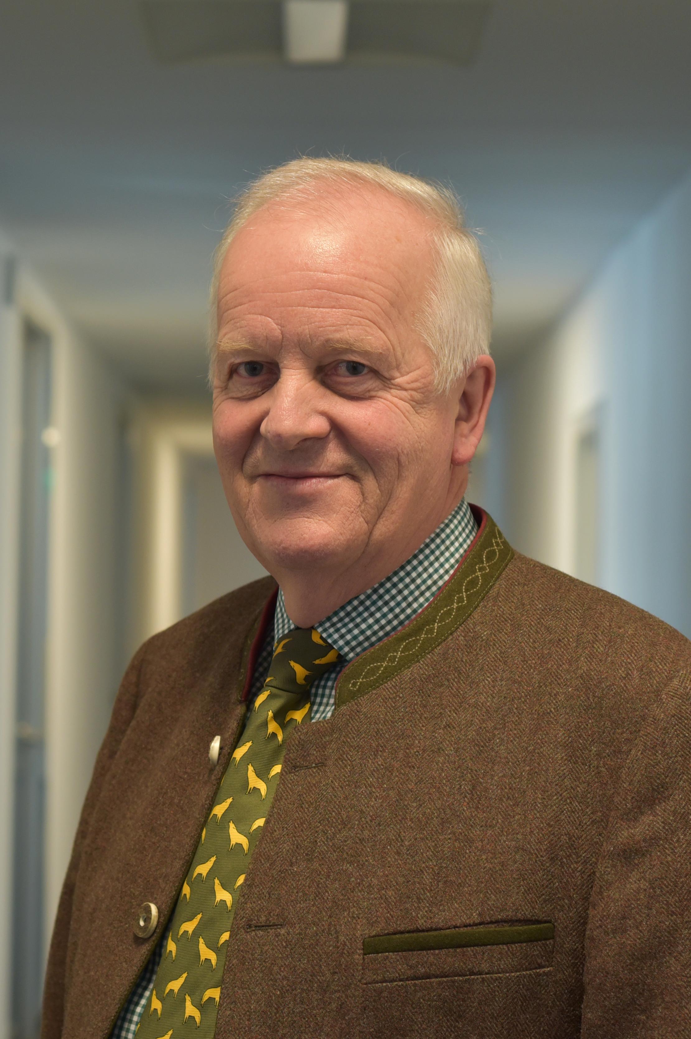 Porträt Foto Dr. Volker Böhning
