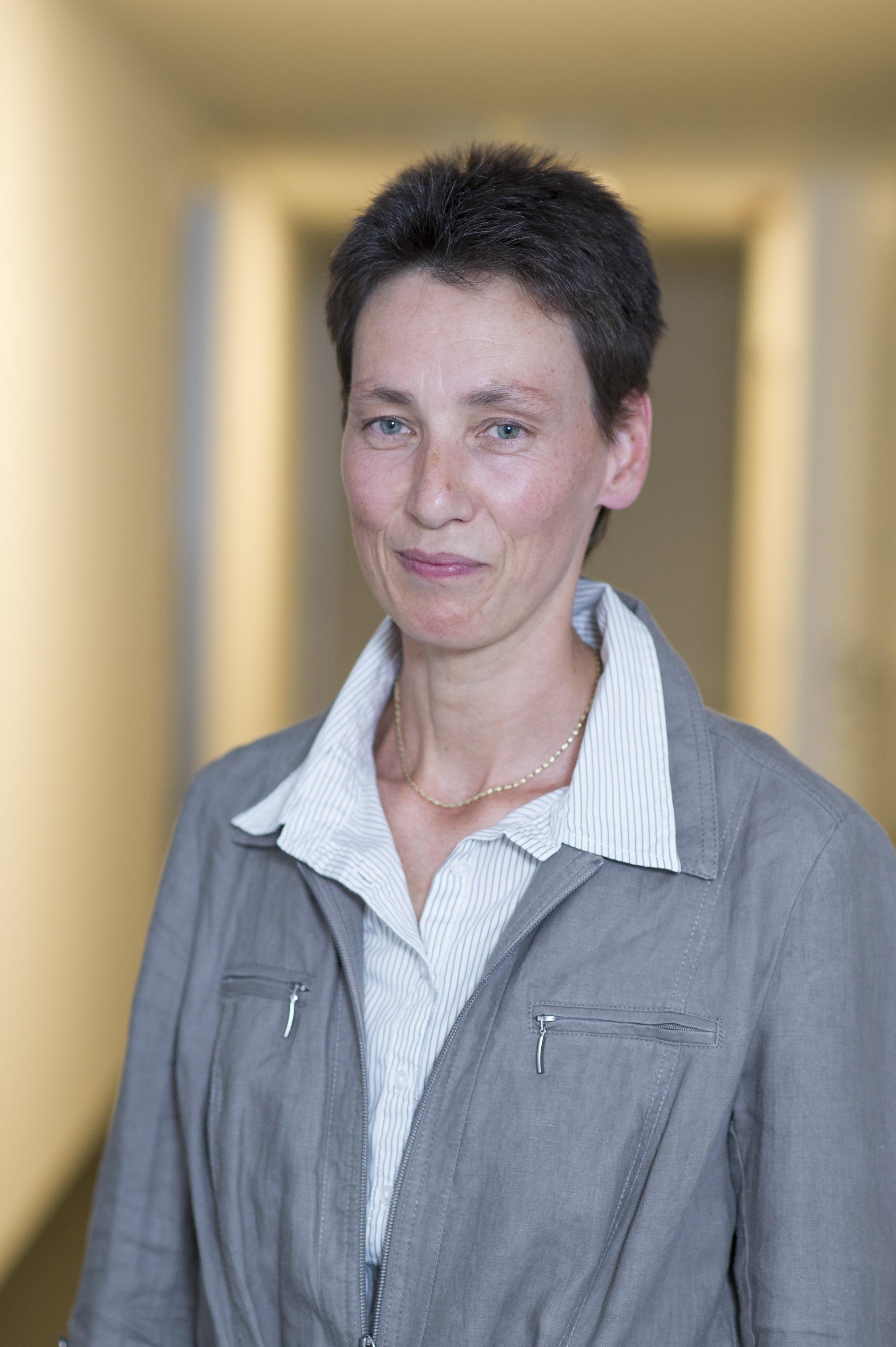Dr. Astrid Sutor