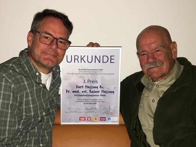 Die beiden Preisträger Dr. Rainer Hussong und dessen Vater Kurt Hussong.