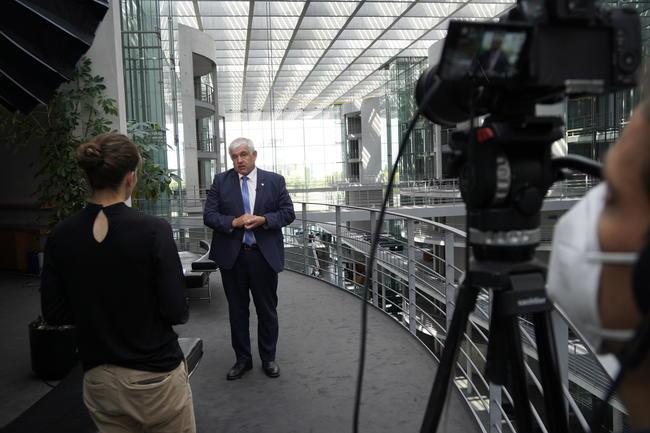 Bundestagswahl 2021: Hermann Färber (CDU) im DJV-Interview.