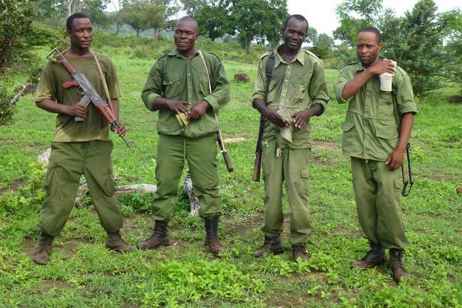 Aus nachhaltiger Jagd bezahlt: Wildhüter im Selous-Wildtierreservat / Tansania