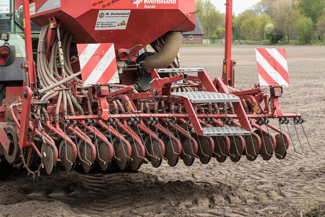 Artenschutz muss sich für den Landwirt lohnen: etwa mittels produktionsintegrierter Maßnahmen