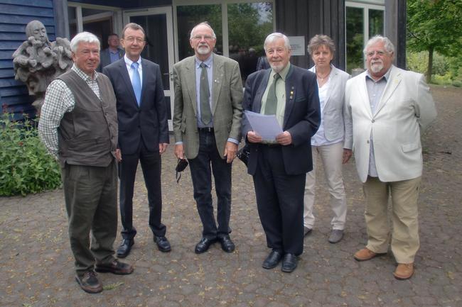v. L. Dr. Wolfgang Euler (Mitarbeiter Lernort Natur), Ulrich Labonte (Hess. Umweltministerium), Georg Schwarz (ebenfalls Mitstreiter bei Lernort Natur) und Herbert Bachmann (Vereinsvorsitzender)