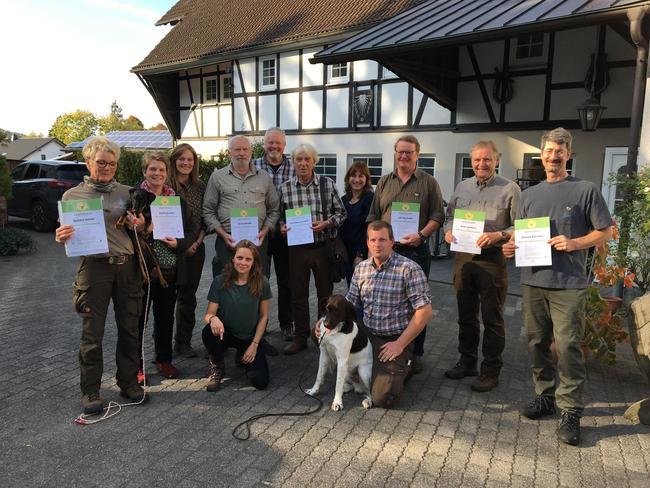 Sieben Teilnehmer erhielten das Zertifikat zum DJV-Naturpädagogen