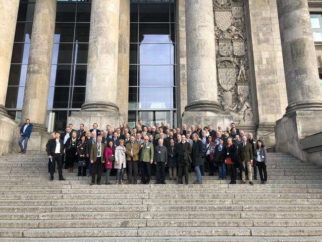 Die Teilnehmer befassten sich mit neuen Entwicklungen im Jagdrecht von Bund und Ländern