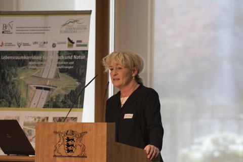 Die BfN-Präsidentin Prof. Jessel sprach sich für einen eigenen Haushaltstitel zur Umsetzung des Bundesprogramms Wiedervernetzung aus.