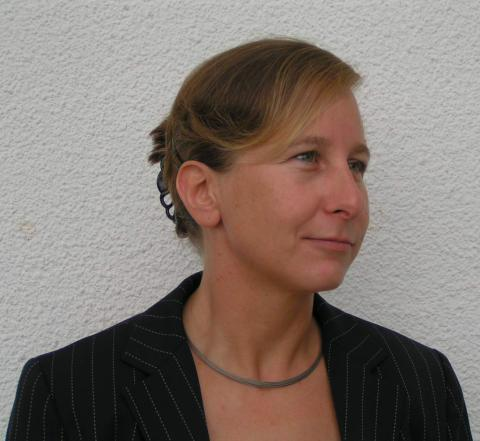 Dr. Claudia Schoene ist Fachtierärztin für Epidemiologie und Tropenveterinärmedizin.