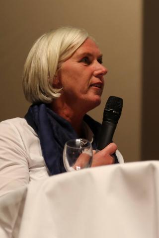 Annette Bunse (CDU):