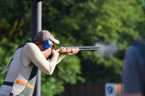 Währendessen dürfen die Schützen den morgendlichen Sonnenschein genießen. (Quelle: Kapuhs/DJV)