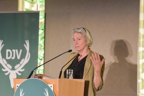 Laudatorin des Journalistenpreises 2019: Regisseurin Alice Agneskirchner (Quelle: Kapuhs/DJV)