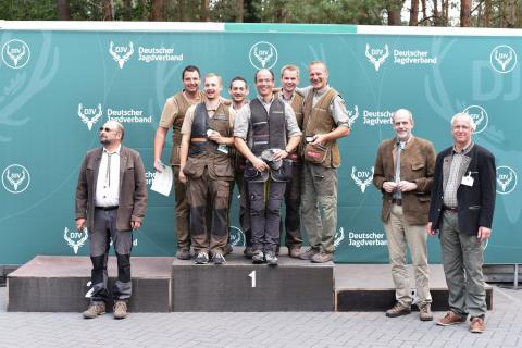 In der Gesamtklasse Kombination sichert sich die Mannschaft aus Rheinland-Pfalz mit 1345 den ersten Platz. Auf Platz Zwei mit 1339 Punkten die Mannschaft aus Hessen und Platz Drei mit 1335 Punkten die Mannschaft aus Schleswig-Holstein. (Quelle: Quante/DJV)