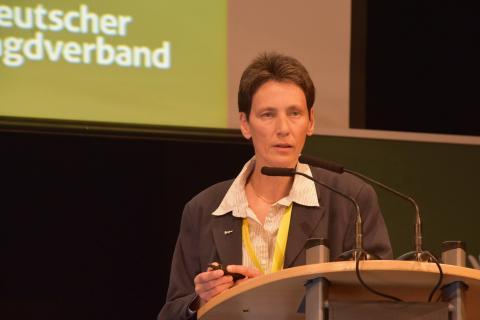Astrid Sutor, DJV-Referentin für Jagd und Forstwirschaft, ist für eine nachhalte und tierschutzgerechte Fallenjagd. (Quelle Milinski/DJV) (Quelle: Milinski/DJV)