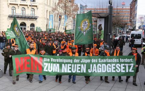 Starker Auftritt der saarländischen Jäger: Demonstration im Februar 2014.   (Quelle: VJS)