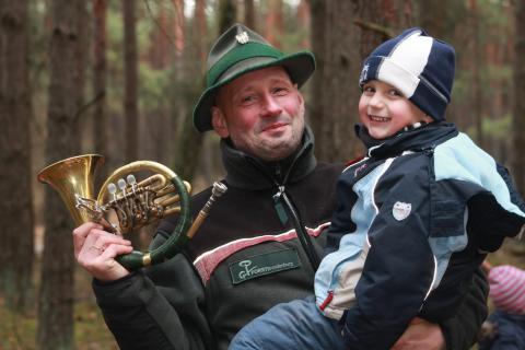 Jäger in der Waldkita