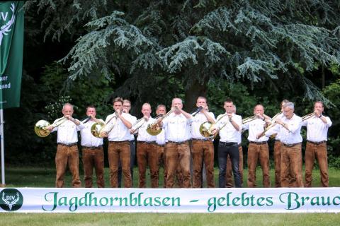 Die Sieger in der Klasse Es: Bläsergruppe Alsdorf-Hachenburg beim Bundeswettbewerb Jagdhornblasen 2017 (Quelle: DJV)