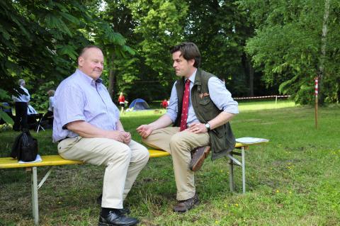 DJV-Mitarbeiter Tillmann Möhring im Gespräch mit dem Präsidenten des LJV-Thüringen