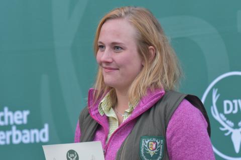 Die Damenklasse Büchse gewinnt Nadine Weers aus Schleswig-Holstein mit 191 Punkten. (Quelle: Kapuhs/DJV)