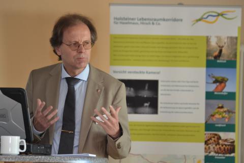 Torsten Conradt (Landesbetrieb Strassenbau und Verkehr Schleswig-Holstein) auf der HLRK-Tagung 2013