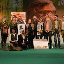 """Feierlicher Abschluss auf der Jagd & Hund: die Gewinner der Aktion """"Gemeinsam Jagd erleben"""" 2016"""