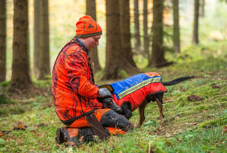 Enge Partnerschaft: In jedem dritten Jägerhaushalt in Deutschland lebt mindestens ein Hund.