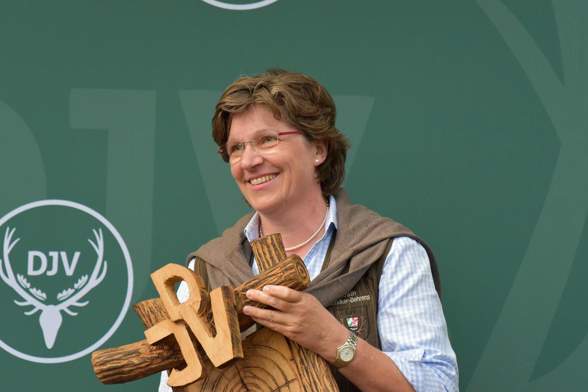 Kristin Sendker-Behrens gewinnt mit 332 Punkten die Kombination der Damenklasse. (Quelle: Kapuhs/DJV)