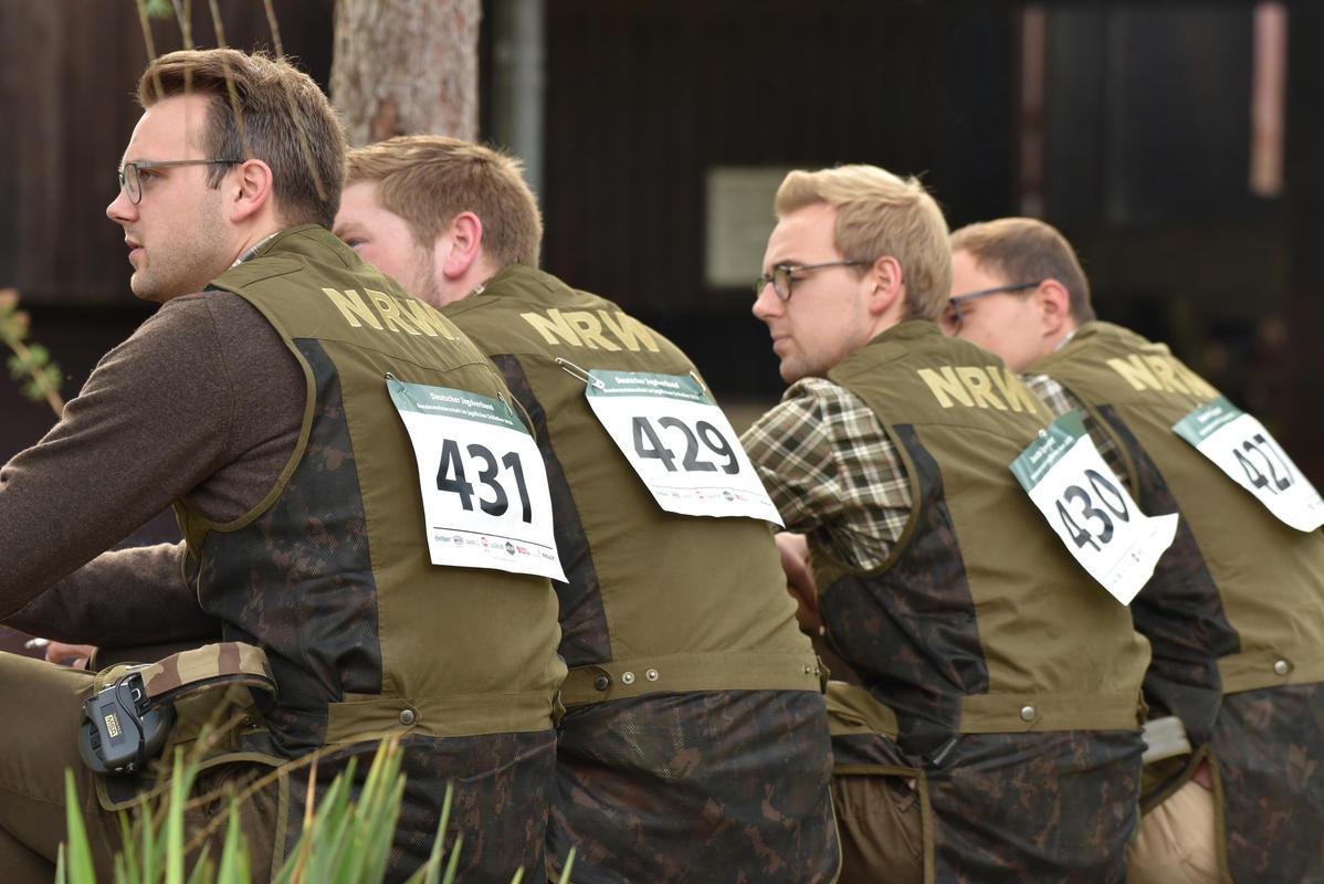 Kleine Pause für die Junioren-Mannschaft NRW. (Quelle: Kapuhs/DJV)