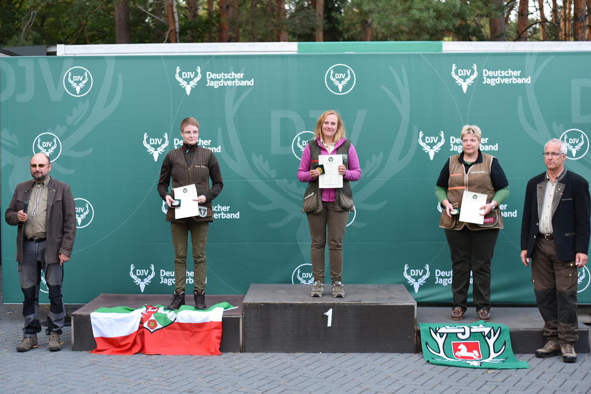 Siegerinnen der Damen in der Klasse Büchse. (Quelle: Quante/DJV)